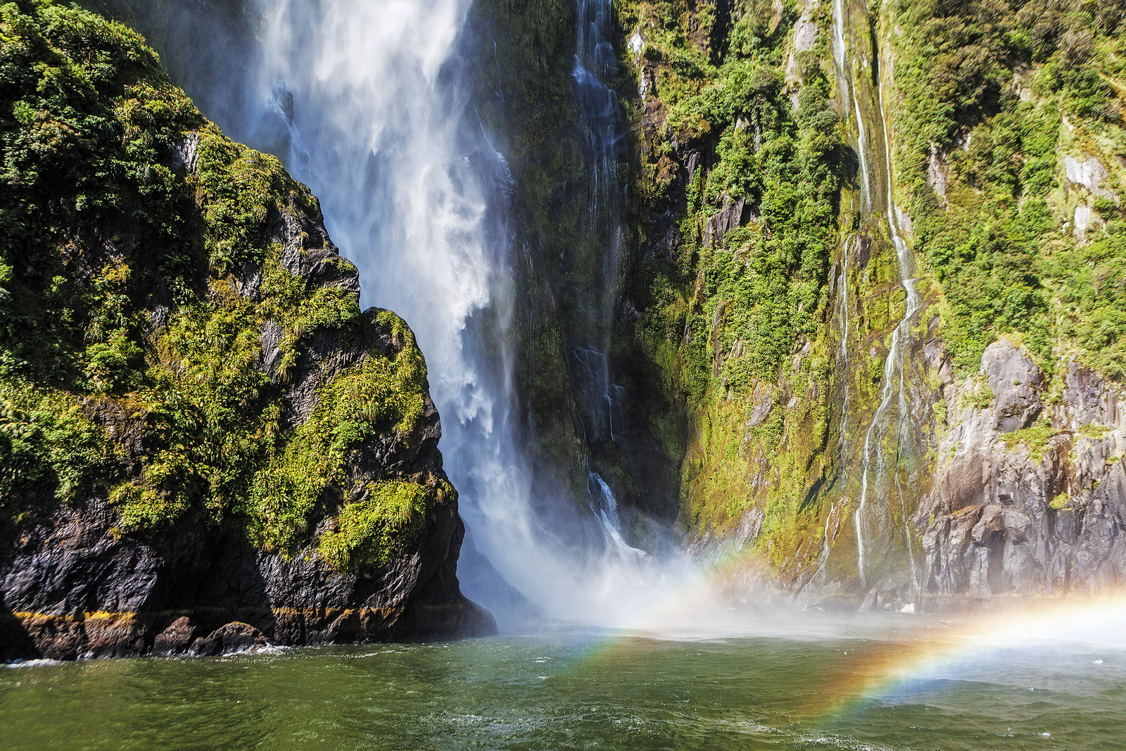 Incredible Stirling Falls With Double Rainbow, Milford Sound, Fi